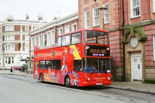 Hop-on hop-off bus tour of Chester