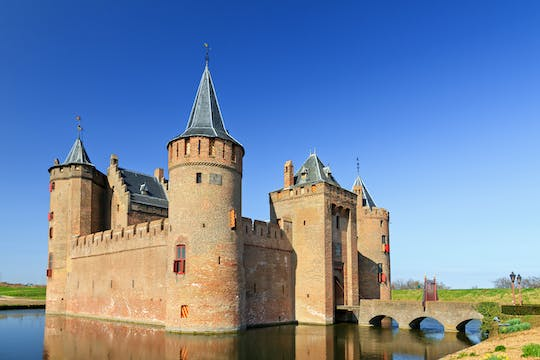 Amsterdam castle and Utrecht city private tour