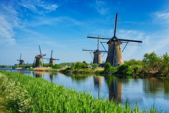 Rotterdam and Kinderdijk windmills private tour