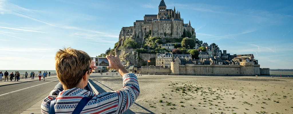 Private transfer to Mont Saint-Michel from Paris