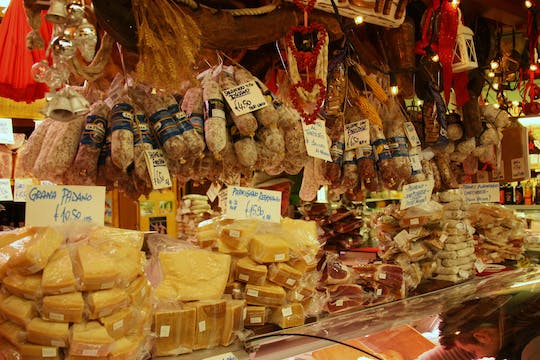 Private food tour of the Central Market in Florence