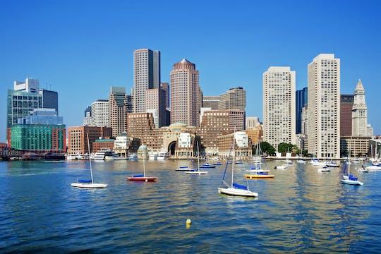 Viagem de ida e volta à cidade de Boston e passeio de compras