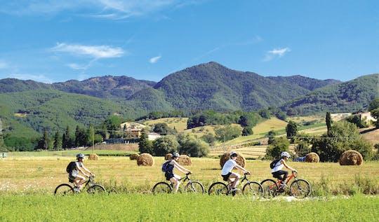 Tuscany by bike and saffron tasting
