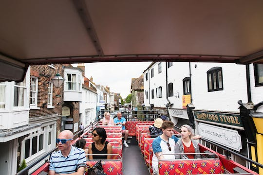 Hop-on-Hop-off-Bustour durch Bournemouth