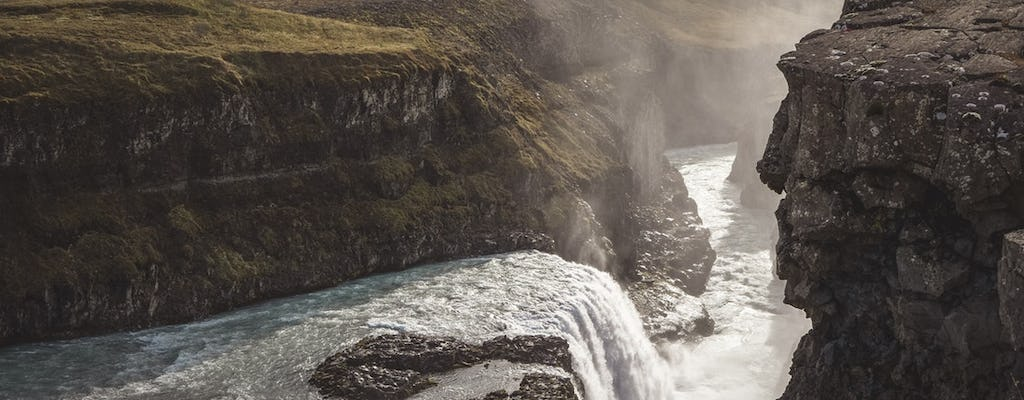 Visit the golden circle and waterfalls in small group