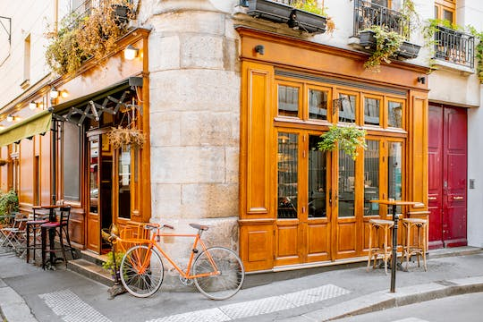 Walking tour of the trendy Le Marais neighborhood