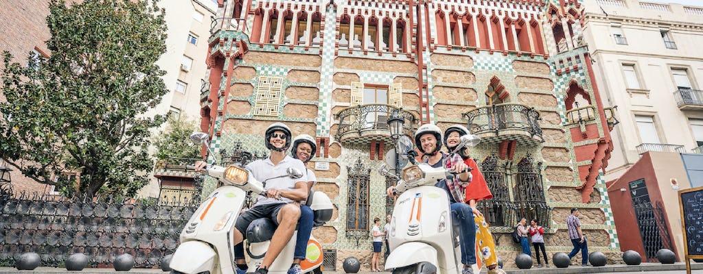 Recorrido en vespa por la arquitectura y el modernismo de Gaudí en Barcelona