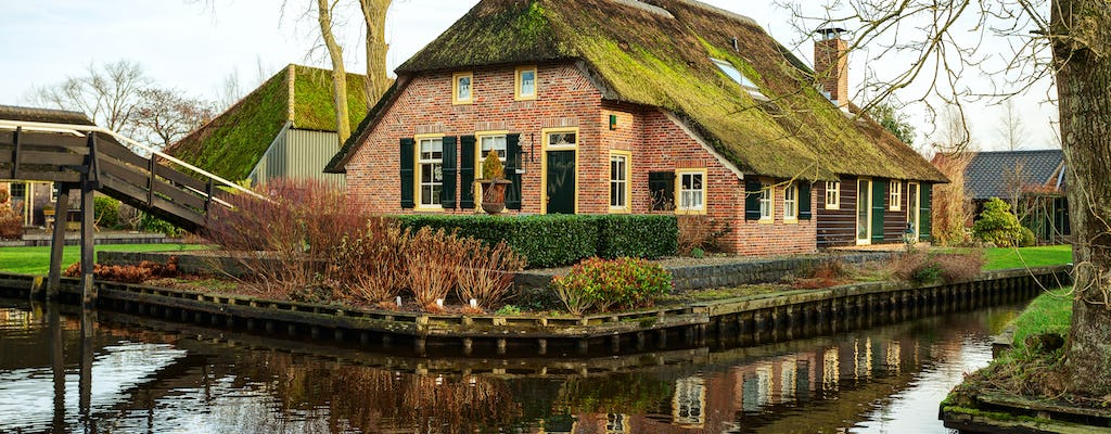 Small-group luxury day trip to Giethoorn