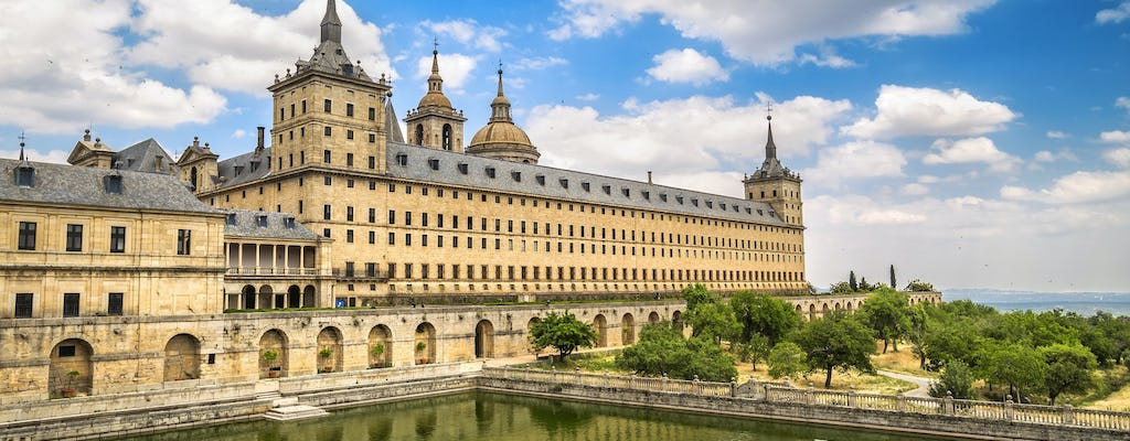 Tour to Segovia and El Escorial from Avila with drop-off in Madrid