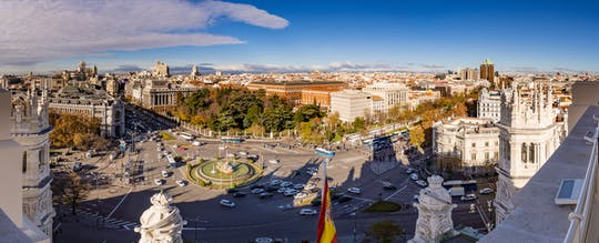 Cibeles Palace and El Retiro Park walking tour