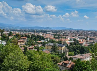 Bergamo private lower town walking tour