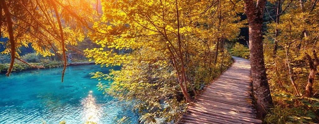 Excursión privada a los lagos de Plitvice y Rastoke desde Zagreb