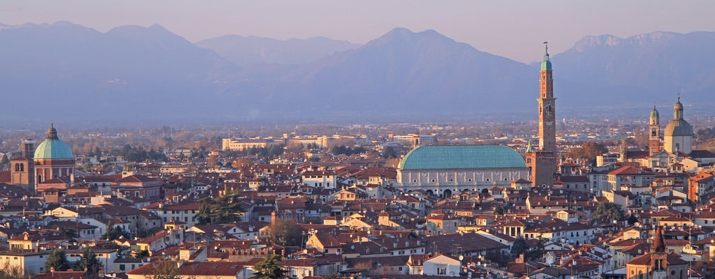 Private walking tour of Vicenza with Teatro Olimpico