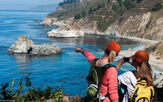 Monterey and Big Sur Discovery tour with hotel accommodation