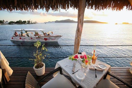 Bora Bora crucero romántico al atardecer con cena
