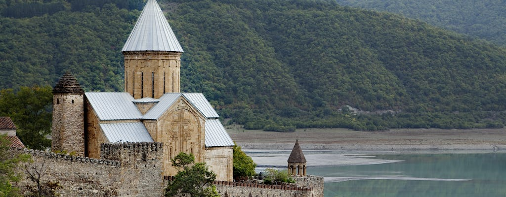 Private 1-day tour to Kazbegi and Gergeti Trinity Church from Tbilisi