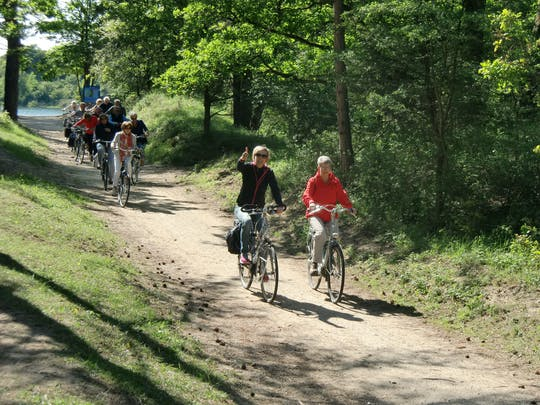 Dunes and highlights guided bike tour in Bloemendaal