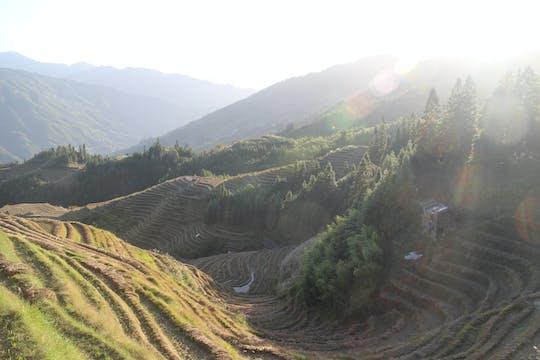Terraza de arroz de día completo en Longsheng y recorrido por el pueblo local