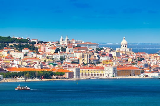 Lisbon city half-day private tour