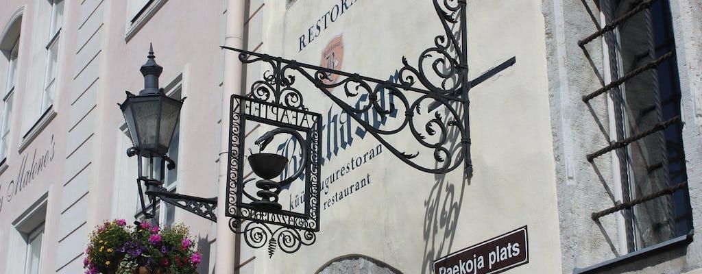 Tour privato dell'alcool di Tallinn