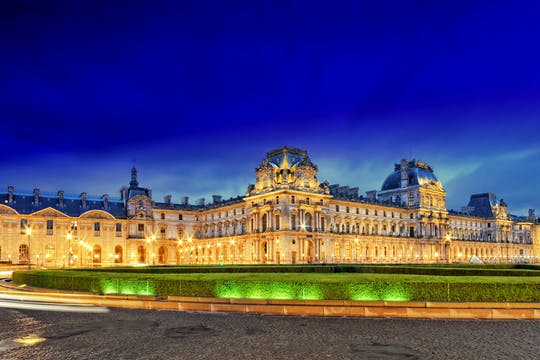 Private illumination tour of Paris top sights