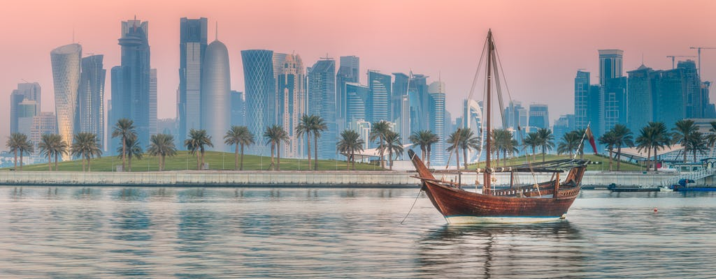 Doha dhow and double-decker tour