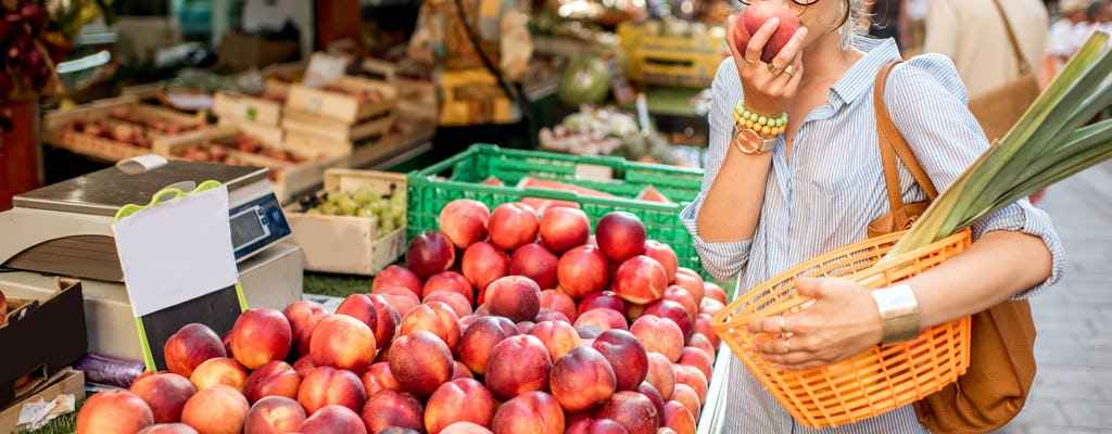 Gourmet tour of  Versailles city including tastings at local markets