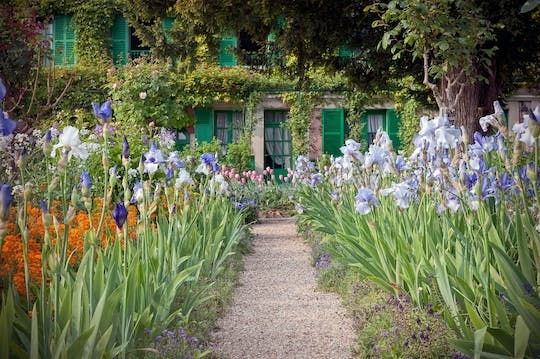 Excursion to Giverny and Marmottan Monet Museum