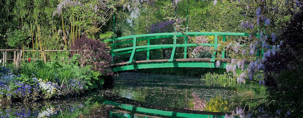 Full-day trip for Giverny and Versailles from Paris