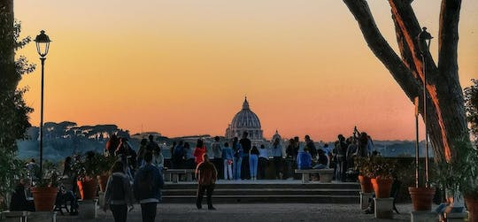 Private seven hills of Rome tour by car