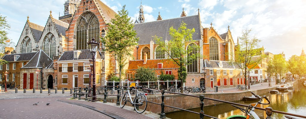 Walk and explore Amsterdam with a self-guided city trail