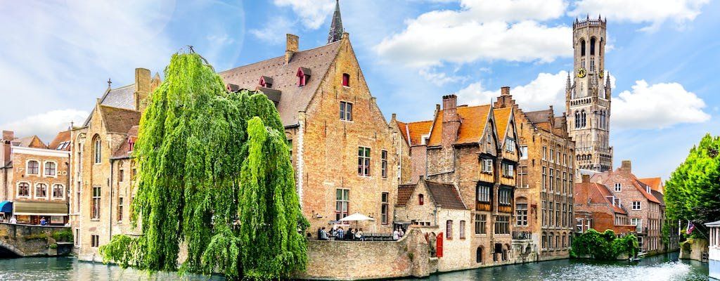 Walk and explore Bruges with a self-guided city trail