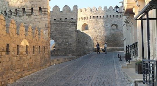 Excursão em grupo pela cidade antiga e moderna de Baku