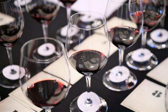 Private wine masterclass in a historic Parisian restaurant
