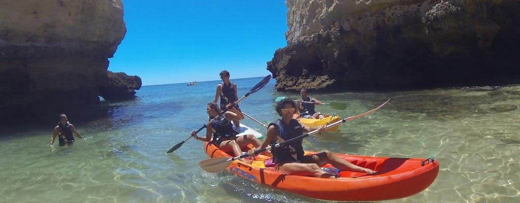 Passeio pelas cavernas e praias selvagens do Algarve