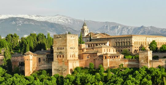 Alhambra, Generalife and Nasrid Palaces guided tour