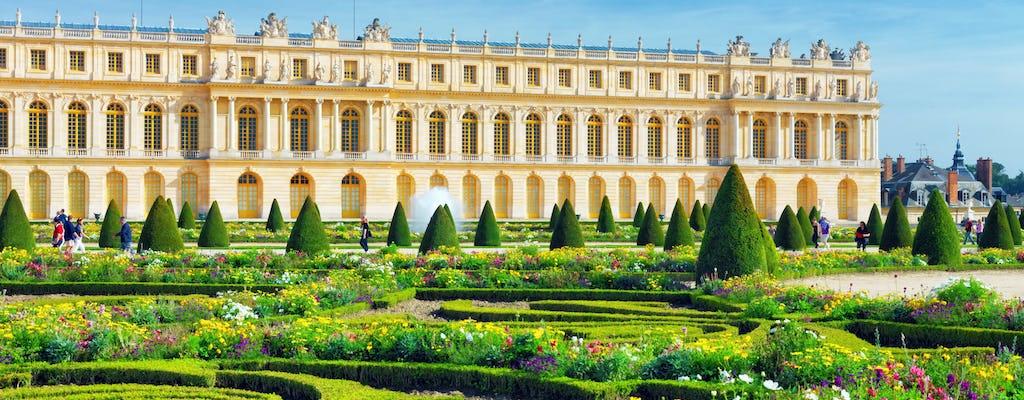 Visita privata del Palazzo di Versailles con tour in auto con golf nei giardini