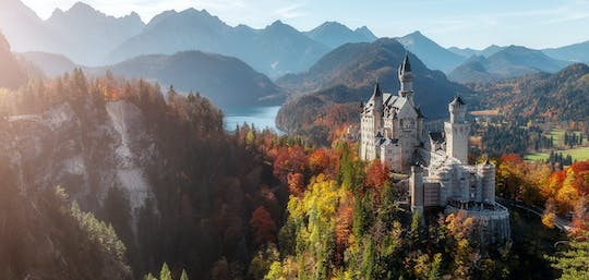 Neuschwanstein, Linderhof and Oberammergau VIP tour from Munich