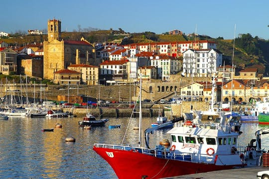 Loyola, Getaria, Zarauz and San Sebastian full-day tour from Bilbao
