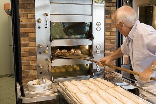 Corso di cucina in una tradizionale panetteria francese