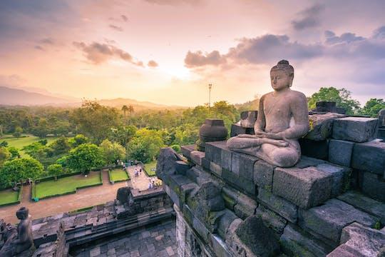 Private Tour durch den Borobudur- und Prambanan-Tempel
