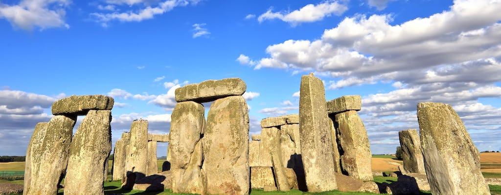 Tagesausflug nach Bath und Stonehenge mit Sahne-Tee