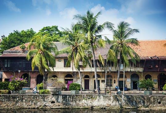 Wizyta w Muzeum Narodowym Dżakarty i Starym Porcie