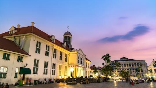 Джакарта пешеходная экскурсия