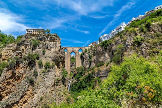 Ronda Guided Tour with Modernist Palace Visit