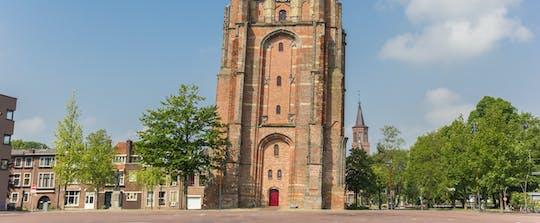 Cammina ed esplora Leeuwarden con un percorso cittadino autoguidato