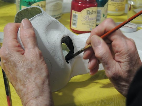 Venetian Carnival mask workshop