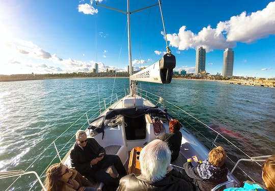 2-hour sailing experience in Barcelona