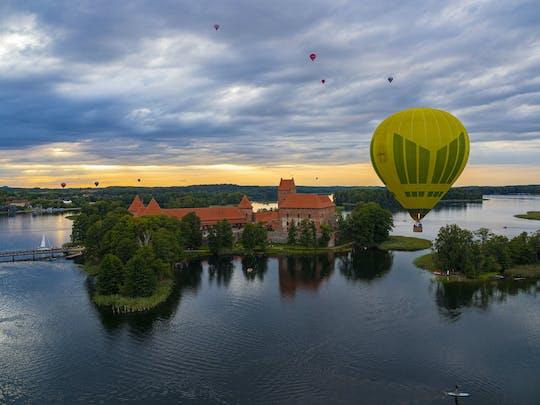 Volo privato in mongolfiera su Vilnius o Trakai