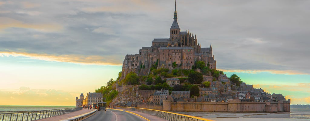Private day trip to Mont Saint-Michel and Honfleur from Le Havre